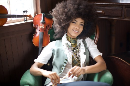 Esperanza Spalding natural hair afro