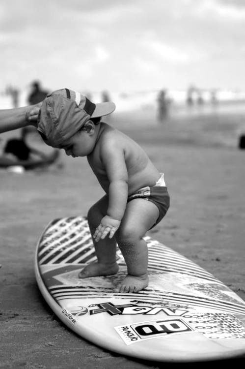 Little surfer pic